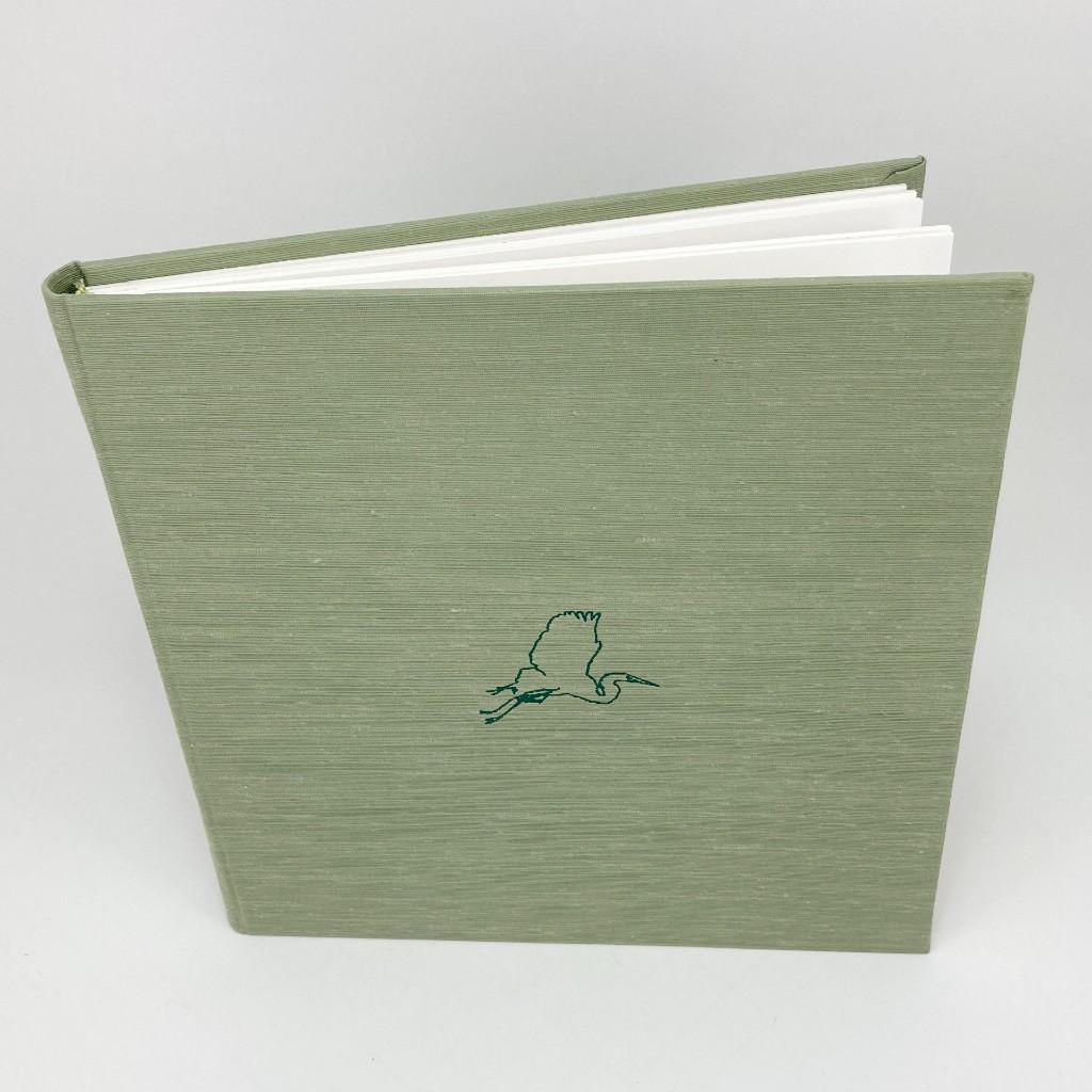 photo-album-green-linen