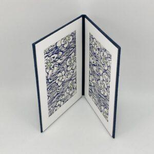 photo-frame-dk-blue-floral