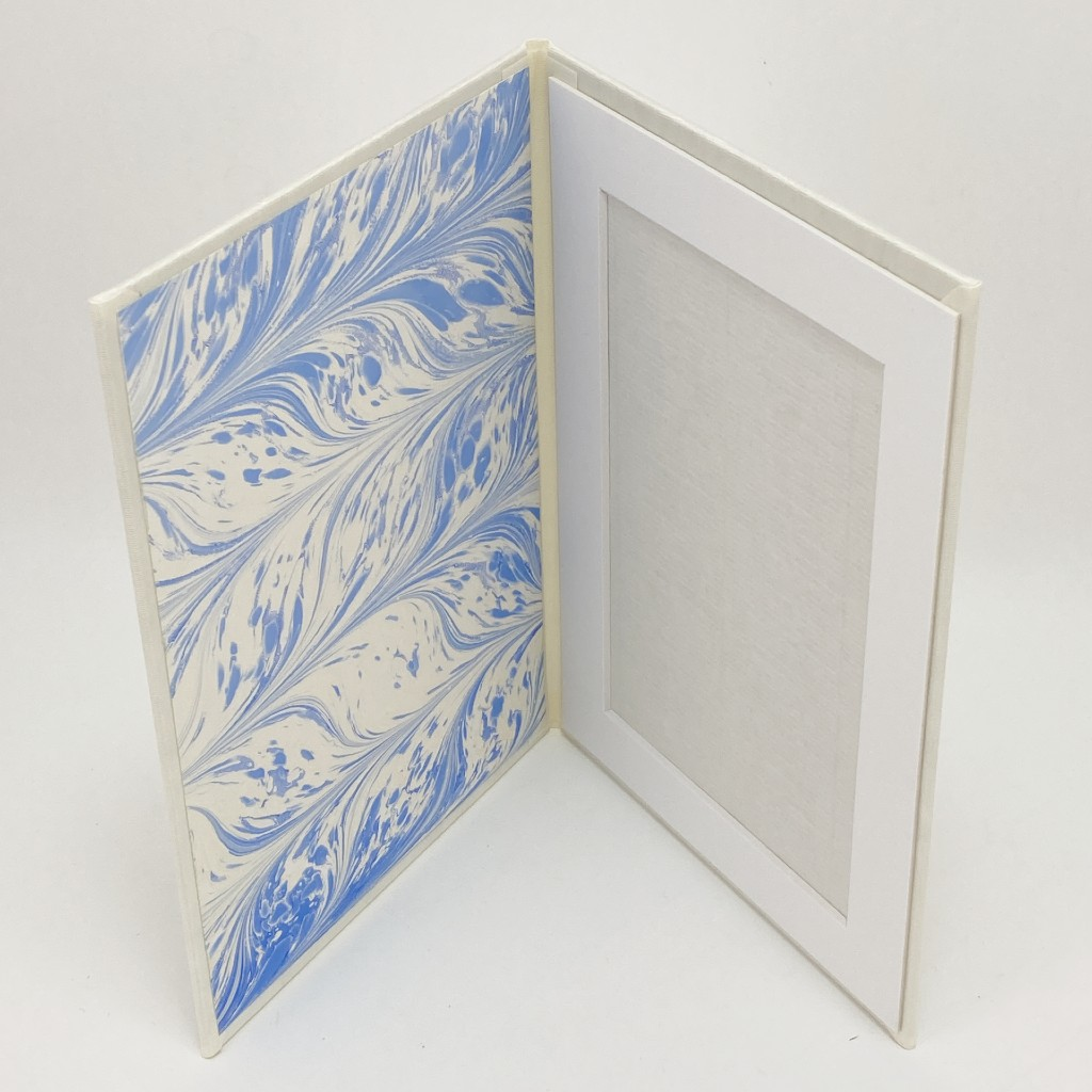 photo-frame-cream-blue-feather