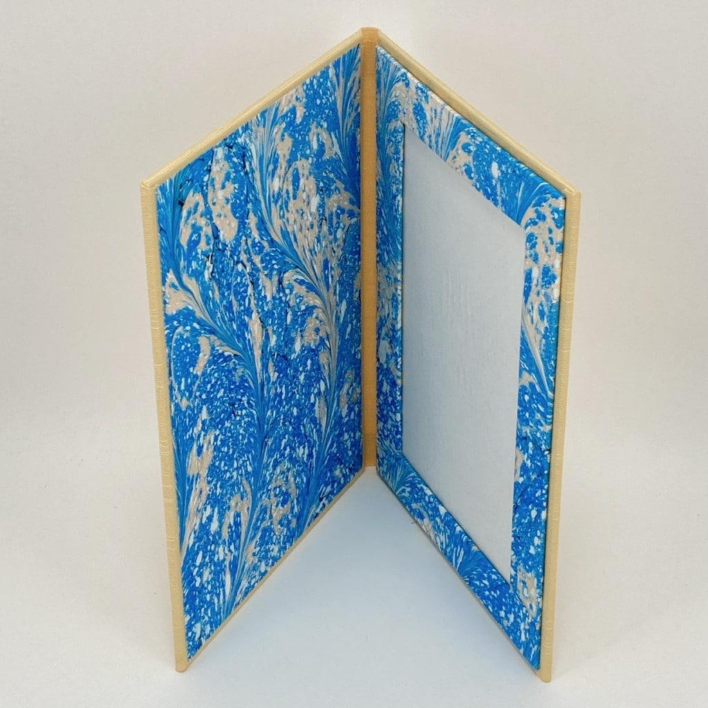 photo-frame-gold-blue-swirl-portrait-in