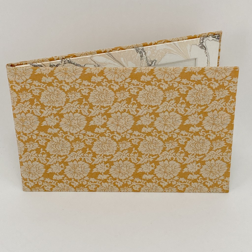 photo-frame-gold-floral-swirl