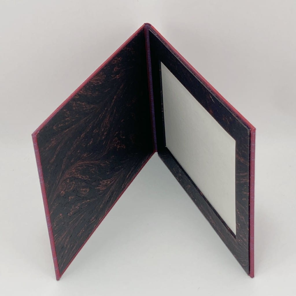 photo-frame-magenta-black